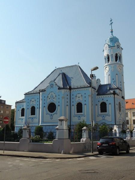 1-iglesia-azul-Bratislava-Viajohoy Qué ver en Bratislava
