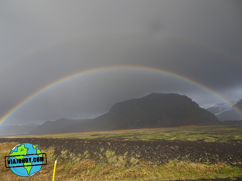 arco-iris-islandia-viajohoy4