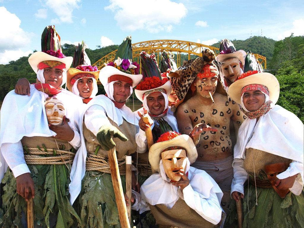 carnaval-tenosique-viajohoy El carnaval mas raro del mundo Tenosique (México)