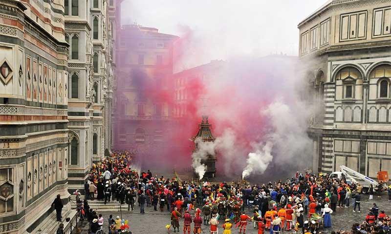 semana-santa-florencia-3 Explosivos festejos de Semana Santa en Florencia