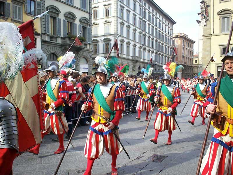 semana-santa-florencia-4 Explosivos festejos de Semana Santa en Florencia
