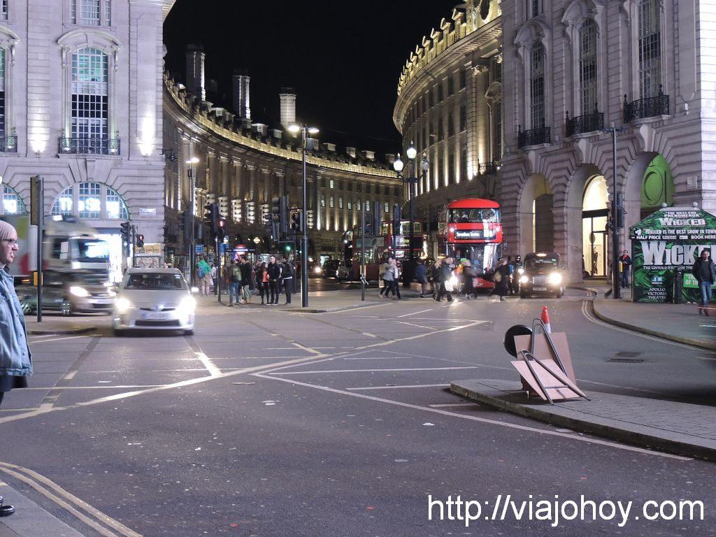 picadilly-viajohoy-com001 Que ver en Londres en 2 dias (dia1)