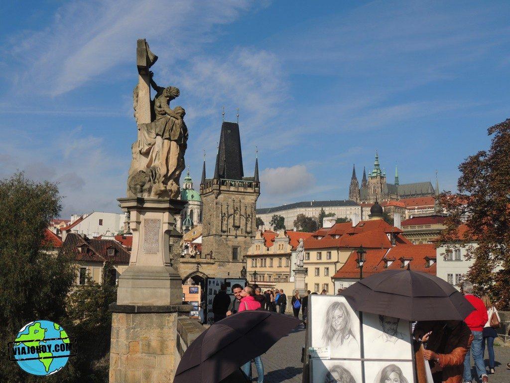 visita-praga-viajohoy-403 Puente de Carlos – Que ver en Praga
