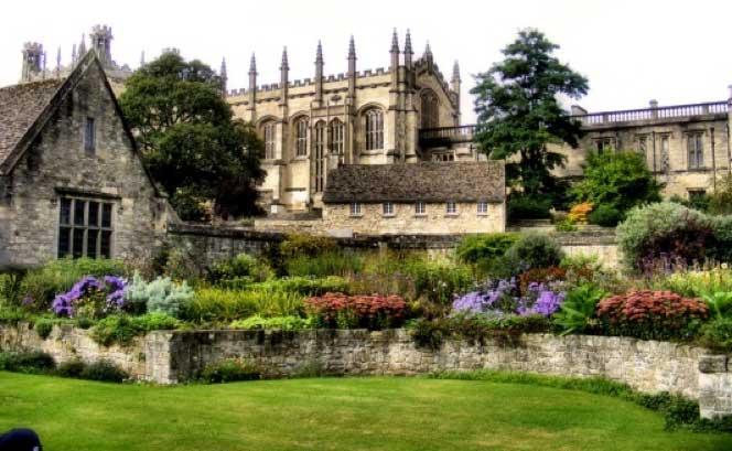 oxford-elegante-intelectual Oxford elegante e intelectual