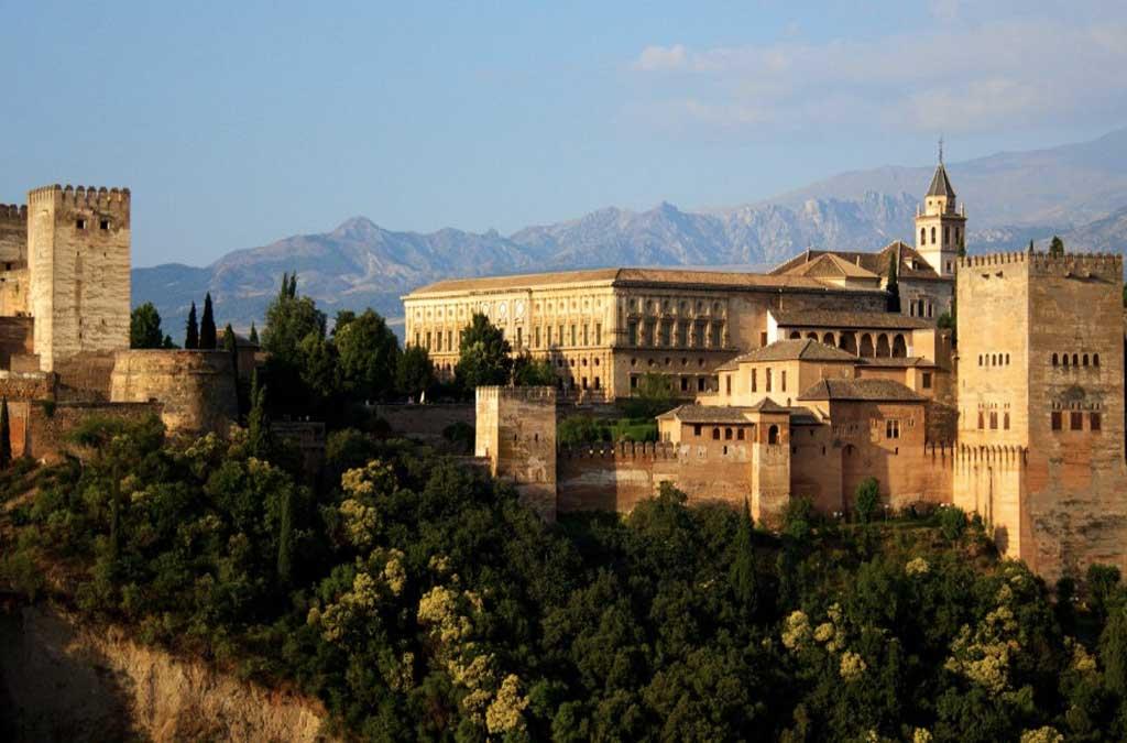 la-alhambra Sitios para visitar en España