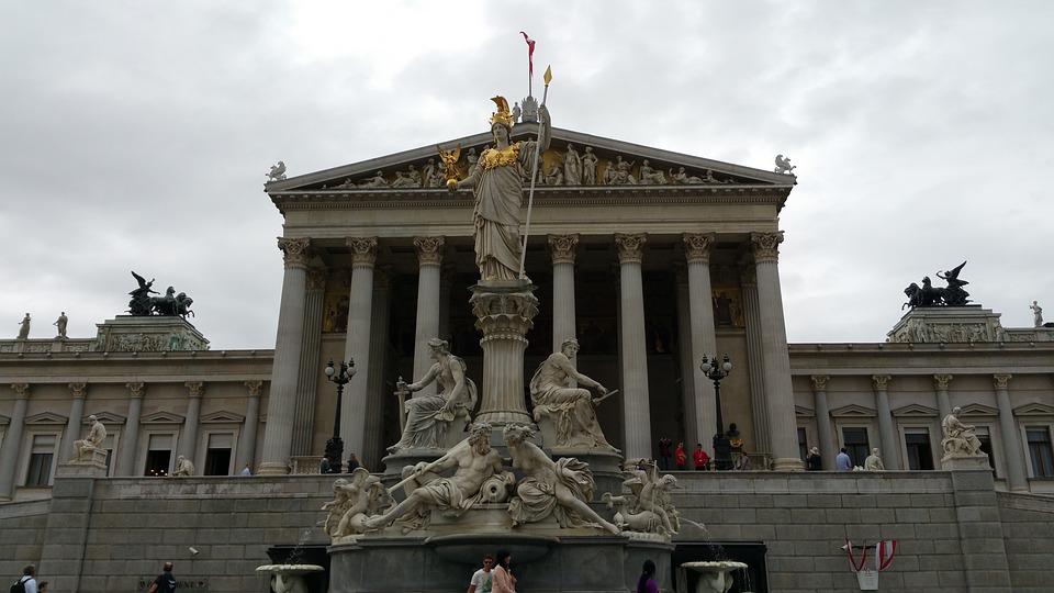 parlamento 1 El Parlamento: la Austria griega