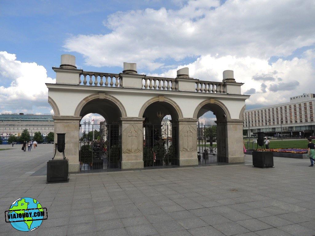 visita-disfruta-varsovia-viajohoy222 La Tumba Homenaje al Soldado desconocido