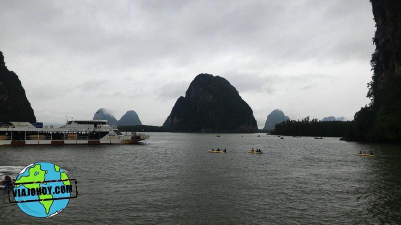 Barca comedor y excursiones de piraguas en Isla Bound Excursión a la James Bond Island desde Krabi (Ao Nang)