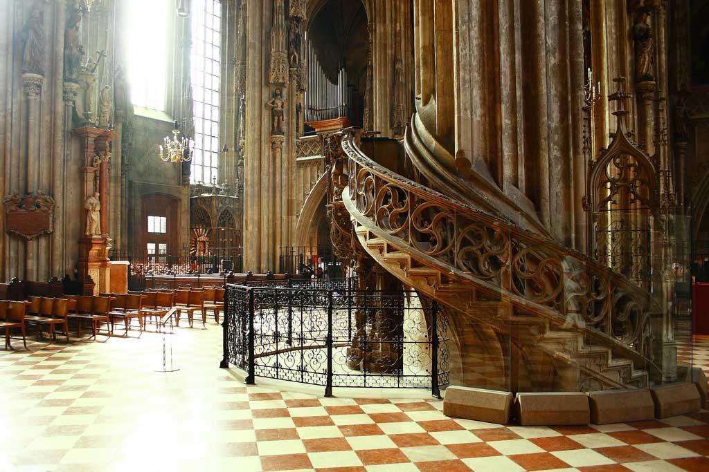 catedral-san-esteban-visita-viena3 Stephansdom – Catedral de San Esteban
