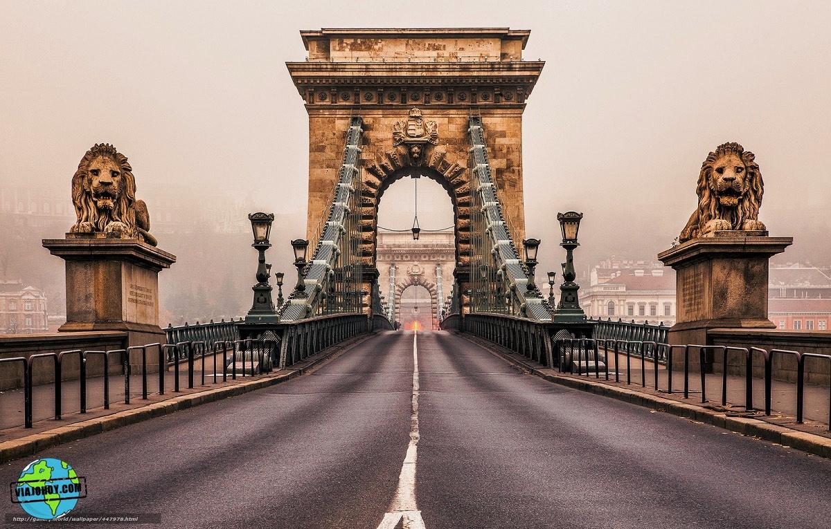 puente-cadenas-budapest-viajohoy-1 El imponente Puente de las Cadenas de Budapest