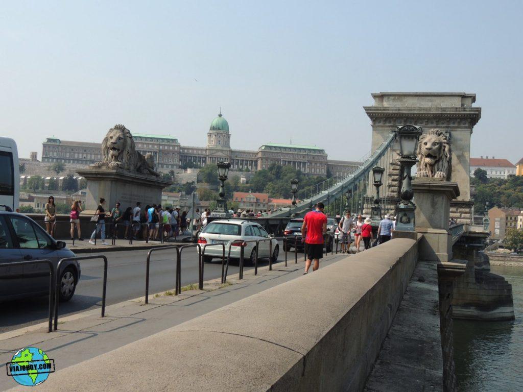 puente-cadenas-budapest-viajohoy-2 El imponente Puente de las Cadenas de Budapest