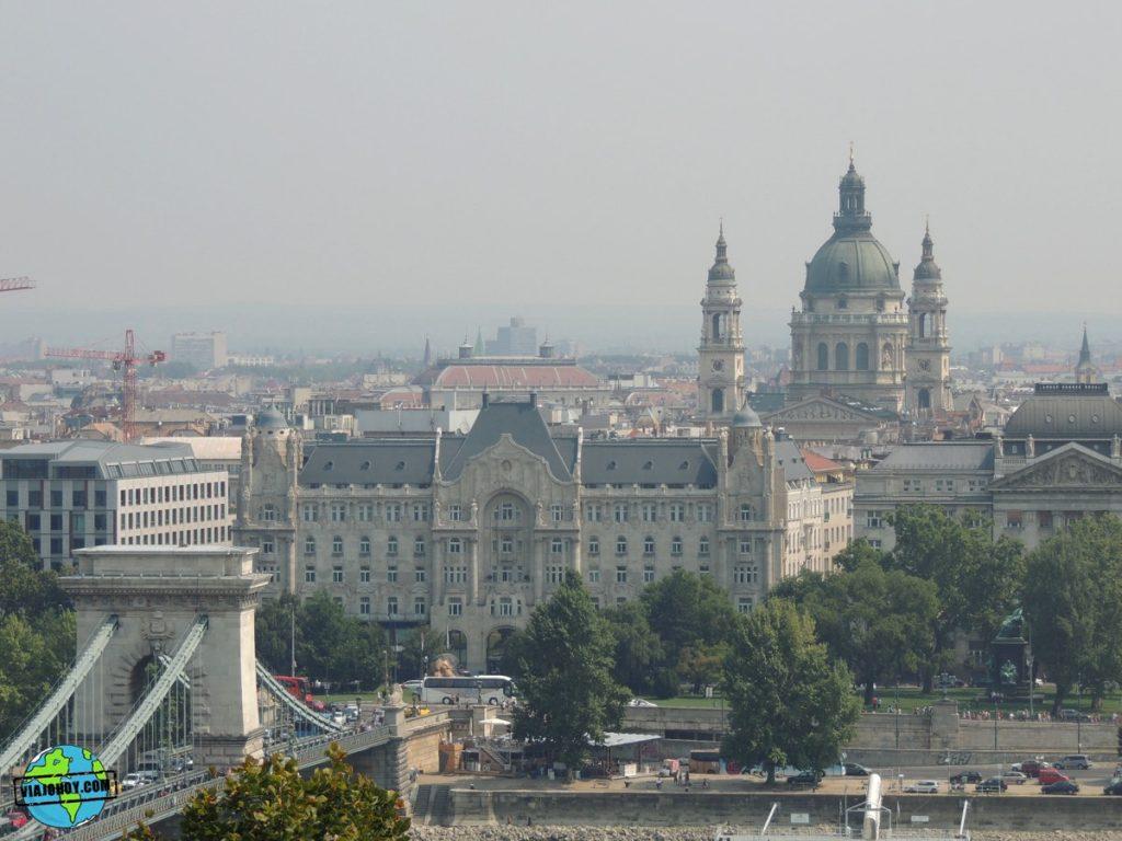 puente-cadenas-budapest-viajohoy-4 El imponente Puente de las Cadenas de Budapest