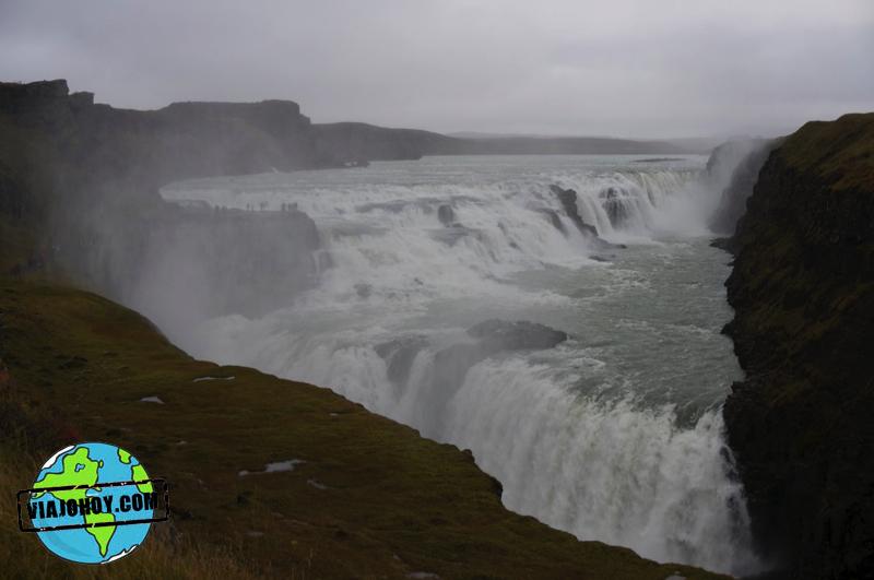 Grandiosas cascadas en Islandia