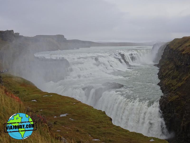 cascada-islandia-gulfoss-viajohoy Grandiosas cascadas en Islandia