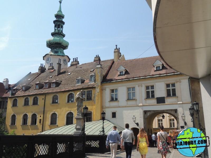 old-town-Bratislava-Viajohoy-com
