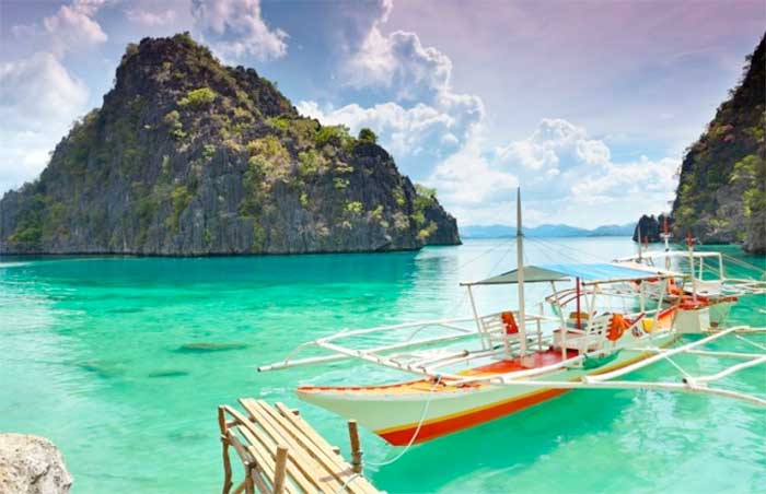 Puerto-Galera,-Oriental-Mindoro-filipinas