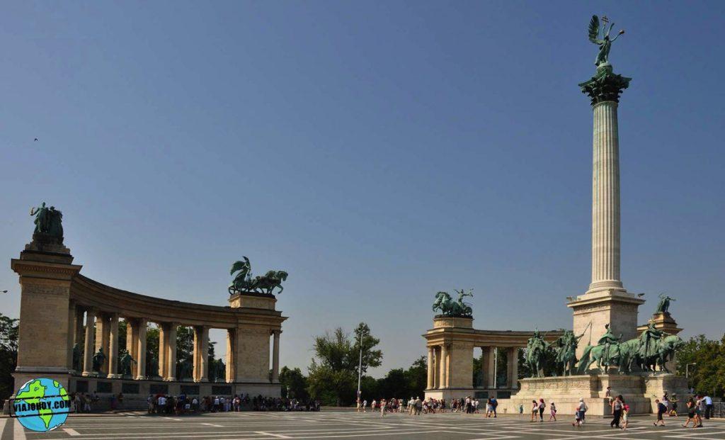 plaza-heroes-budapest-viajohoy-4